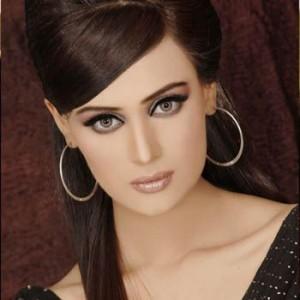 Mehreen Syed 10 sexiest women