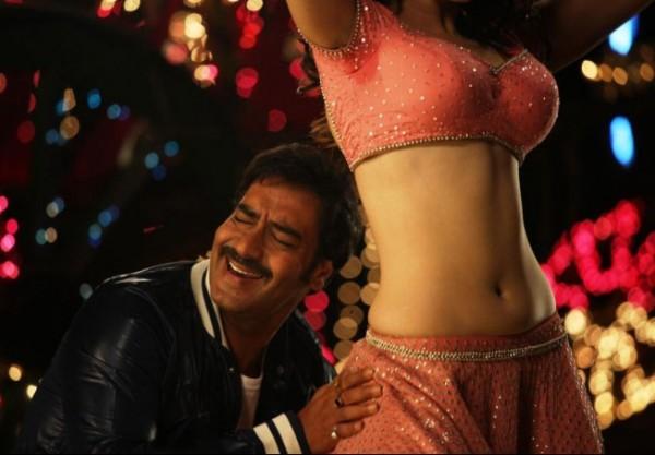 Tamanna Latest Hot Stills from Himmatwala Movie, Tamanna Hot Nav