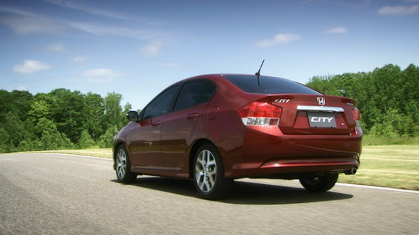 Honda City Aspire i-VTEC Back in Mehroon