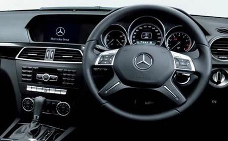 Mercedes Benz C Class C180 Interior Picture