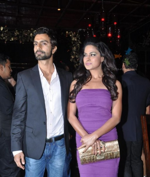 Veena Malik & Ashmit Patel Picture