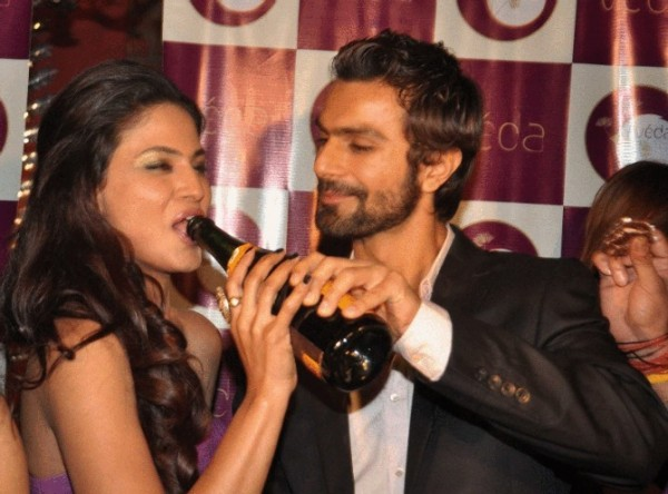 Veena Malik & Ashmit Patel in Party