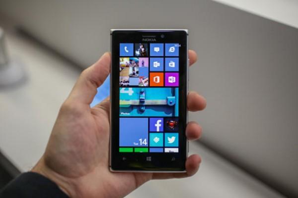 Lumia 925 Mobile Phone 2013