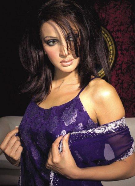Hot Saba Qamar Pakistani Model