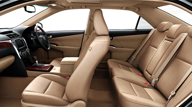 toyota camry 2 4 2013 interior view latest in pakistan. Black Bedroom Furniture Sets. Home Design Ideas