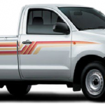 Toyota Hilux 4x2 Standard 2013 side view