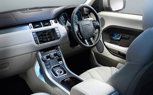 Range Rover Evoque 202 SD4 Interior View