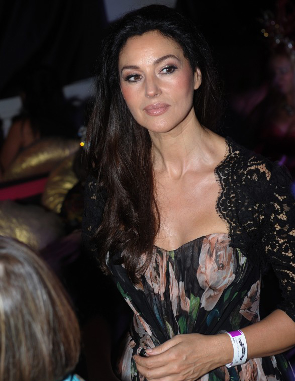 hot monica bellucci pictures