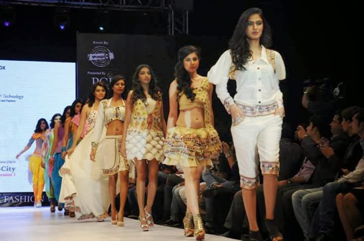 Pakistani Models Participated In Paris Fashion Show 2015