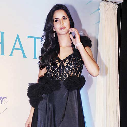 Katrina kaif hot black dress