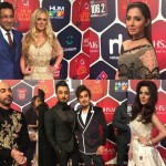 1213203-CoverHUMAWARDS-1477685248-100-640x480