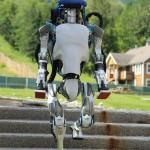 Robots Jump in Air