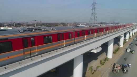 Orange Line Train6