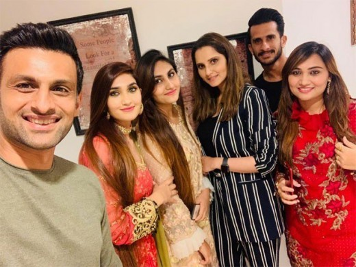 Shoaib Malik has arranged a feast in honor of Hassan Ali and his wife