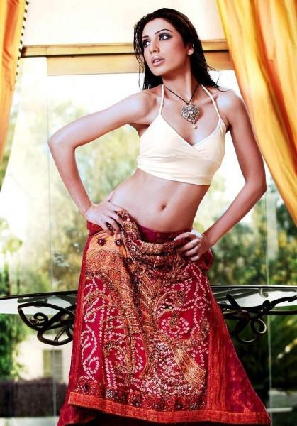 Nadia Malik Hot Picture