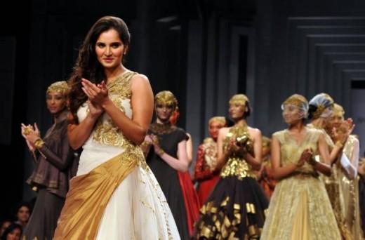 Sania Mirza Catwalk In Mumbai Fashion Week