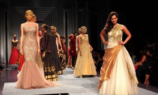 Sania Mirza Catwalk In Mumbai Fashion Bridal Week 2013
