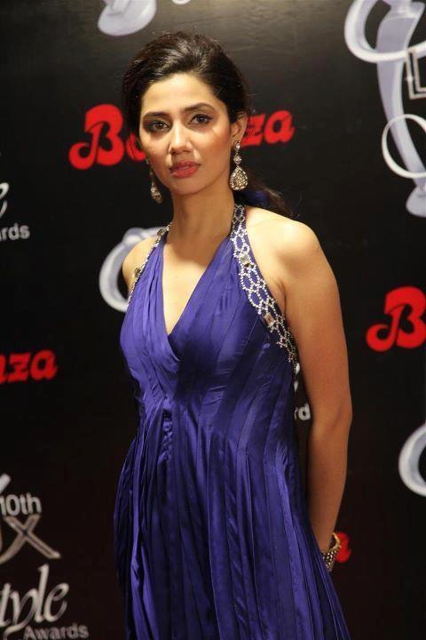Mahira Khan Hot Blue dress